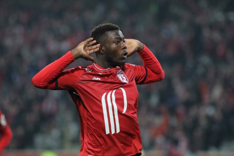 Nicolas-Pepe-in-action-for-Lille